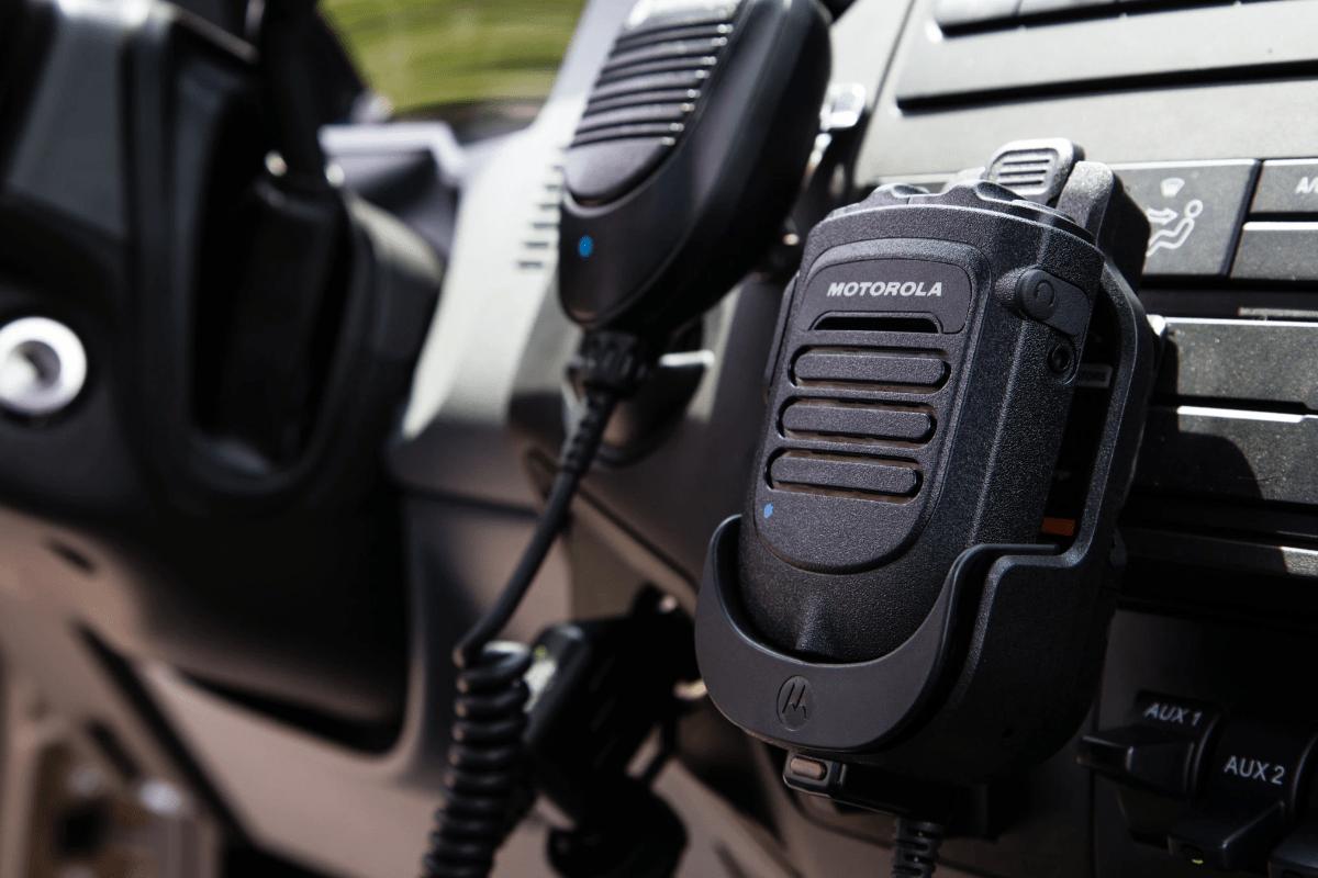 De nieuwe Bluetooth handmicrofoon voor de TLK100 portofoon